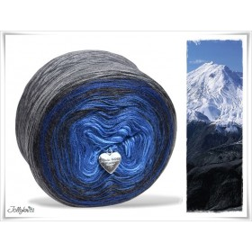 Gradient Yarn Merino BLUE MOUNTAIN