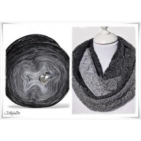 Product bundle Knitting pattern + Gradient Yarn Merino BLACK CHRISTMAS GLITTER