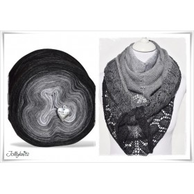 Product bundle Knitting pattern + Gradient Yarn Merino BLACK CHRISTMAS