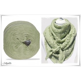 Product bundle Knitting pattern FLOWERS & LIME + Solid Yarn Merino LIME GREEN