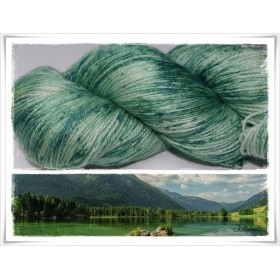 Gradient Yarn hand dyed SPOTTED GREEN