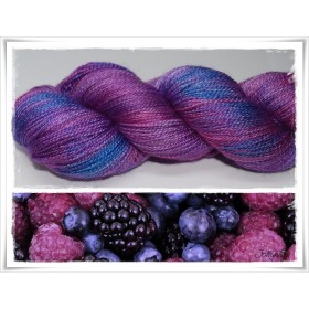 Gradient Yarn hand dyed BLUEBERRY