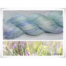Gradient Yarn hand dyed PASTELL MINT