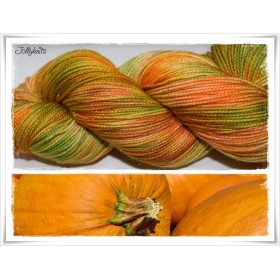 Gradient Yarn hand dyed PUMPKIN GLITTER GOLD